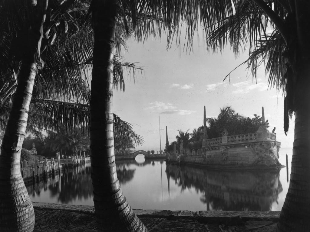 Vizcaya_barge