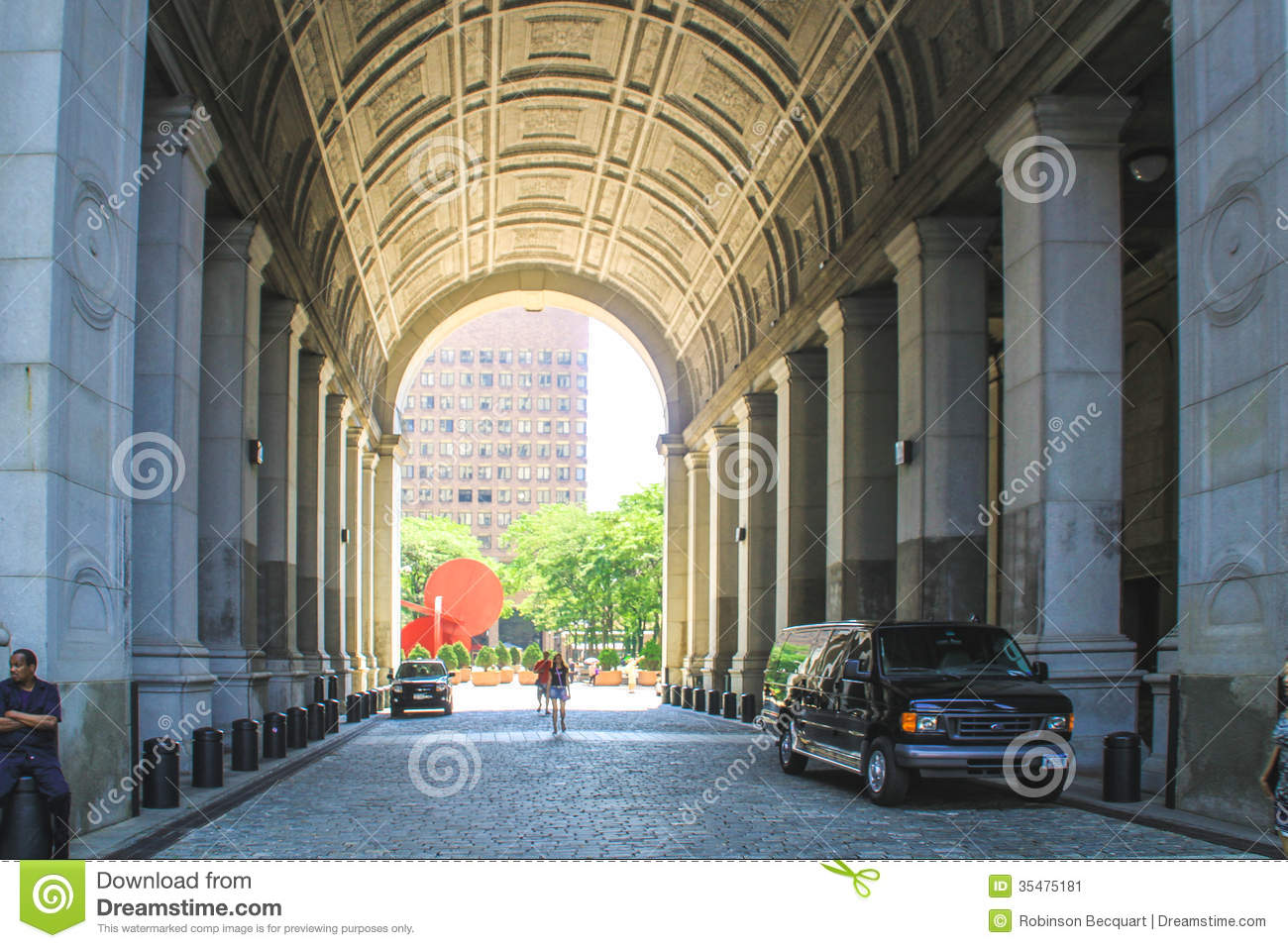 manhattan-municipal-building-new-york-city-usa-august-tourists-under-arch-35475181